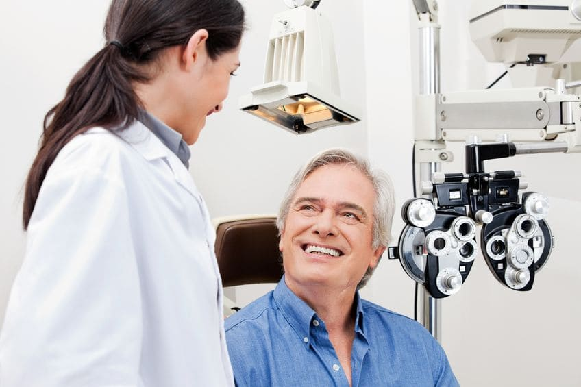Catarata: sintomas, causas e tratamentos